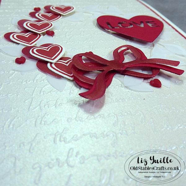 Arrange a Wreath Valentine's Card on Facebook Live